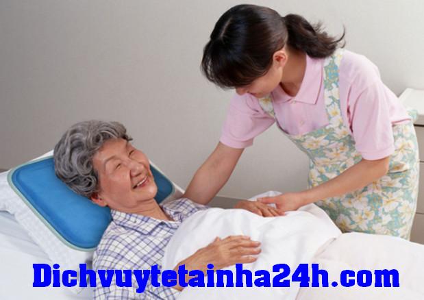 Dịch Vụ Chăm Sóc Người Bệnh Tại Nhà TPHCM theo giờ